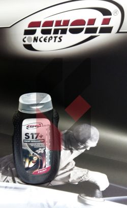 S17+ Rubbing Compound 250 g